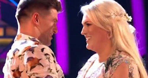 Strictly fans in love with Aljaz's message to Sara as dance ends