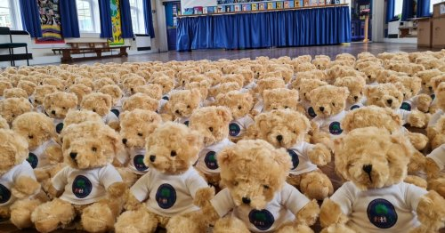 Primary school's adorable gesture to bring smiles to their pupils' faces