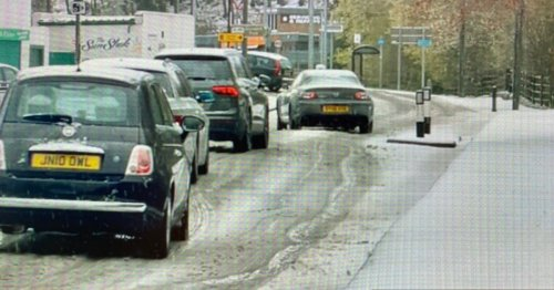 Snow falls in North East as unseasonable weather continues