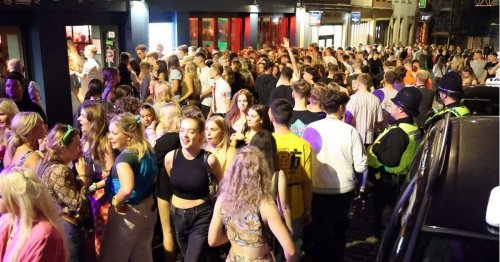 Hundreds of students party in Newcastle with huge queues outside bars