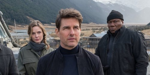 Mission: Impossible 7's Cary Elwes Shares Photo With Tom Cruise After Wrapping
