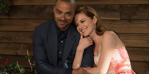Why Grey's Anatomy's Sarah Drew Is Glad Japril Didn't Kiss In Her Season 17 Return
