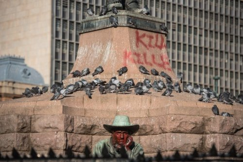'Paul Kruger Must Fall': EFF calls on DA to remove statue