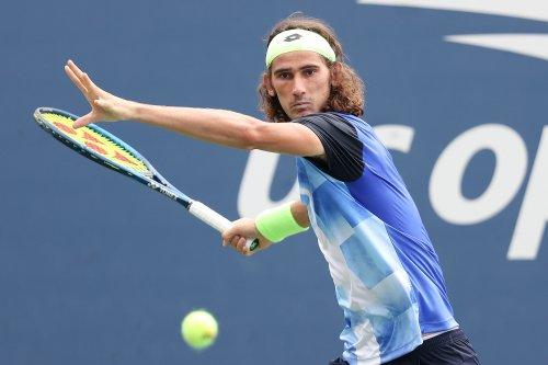 Gutsy win for Lloyd Harris keeps US Open hopes alive