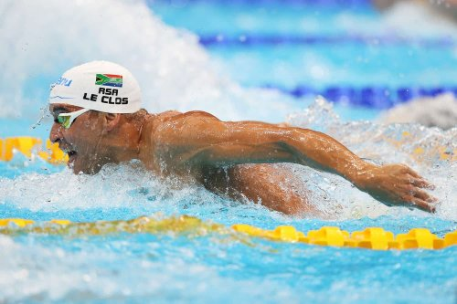 Chad le Clos given a fright as he sneaks into semis