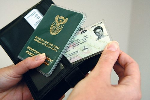 Driver's licence renewal deadline looms: What you need to know