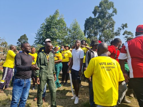Watch: 'Intolerant' ANC members try to bar Malema from KZN voting station