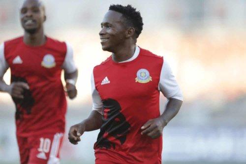 PSL 'Big three' in tussle over Gallants midfielder Ndlondlo