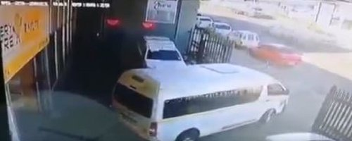 Six men steal batteries, computers worth nearly R200K