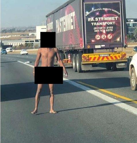 Naked man with blood on his face shocks Tshwane motorist