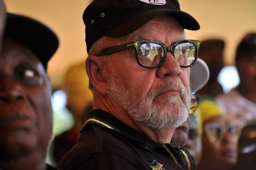 Carl Niehaus calls Mantashe a 'fat cat minister' in 'arrogant and entitled' ANC
