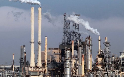 Gas price surge forces industrial sites to close