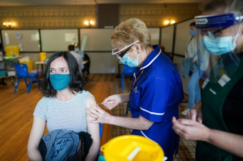 Young people set a record-breaking day of coronavirus vaccine bookings - CityAM