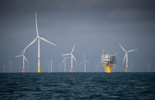 UK secures £5.8bn of foreign investment for green projects
