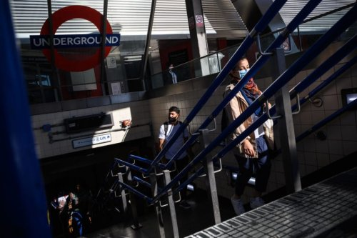 People falling off escalators over fear of catching Covid-19 sends TfL injuries up
