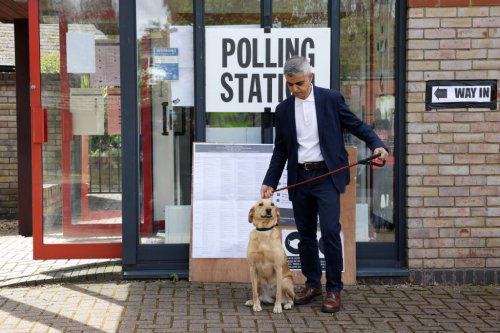 London mayor election: Khan and Bailey neck-and-neck in early voting