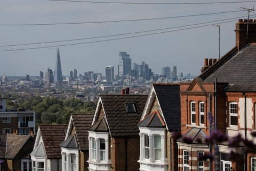 Home sales set to hit highest level since 2007