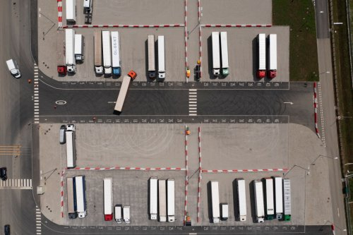 Ministers 'in secret visa talks' to end lorry crisis - CityAM