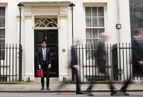 Fears of a budget delay grow as Rishi Sunak fails to name day