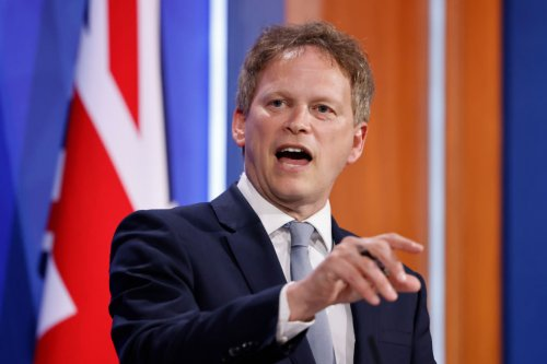Stop blaming Brexit for driver shortage since departure from EU has helped, says Grant Shapps