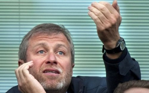 Abramovich bought Chelsea on Putin's orders, former FT correspondent in Moscow claims