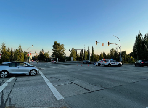 Police close Highway 1 in both directions near Lonsdale Avenue