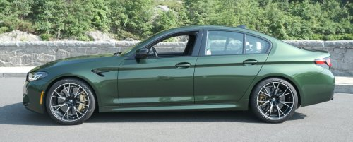 BMW builds the 4-door sedan that beats the supercars