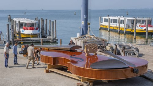 An Italian artist has just built an incredible 12-metre violin boat, which will sail the canals of Venice