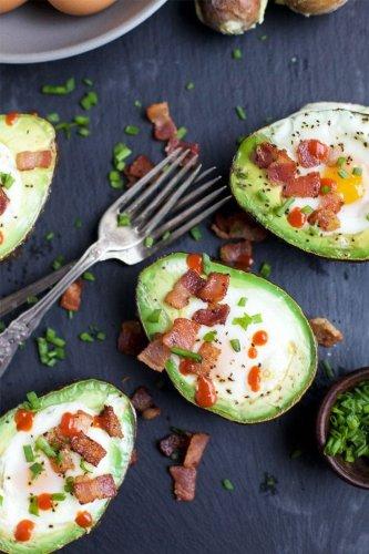 5 Quick & Clean Avocado Breakfast Ideas (Besides Avocado Toast)