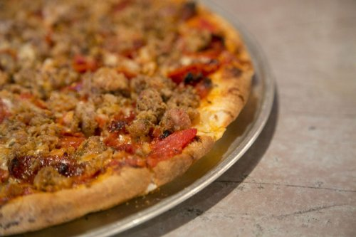 4 Greater Cleveland restaurants lauded by Food & Wine; Ohio ranked as 9th best pizza state