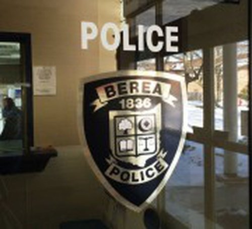 Police take inventory of weapons, drugs, bullets in man's pocket & pickup truck in Berea