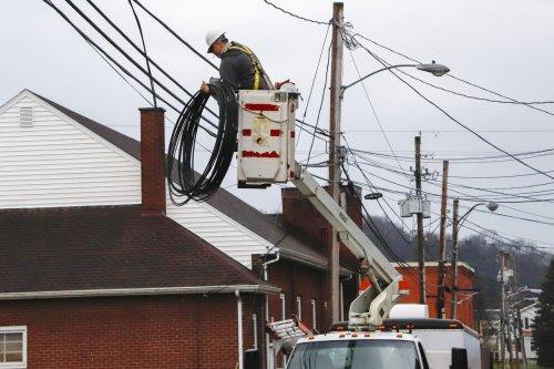 Ohio Senate Republicans vote to ban municipal broadband programs