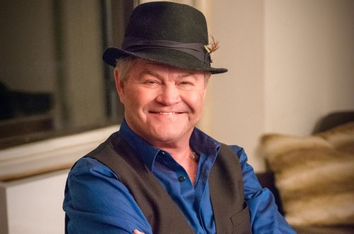 Micky Dolenz sings the songs of Monkees bandmate Michael Nesmith in latest solo album