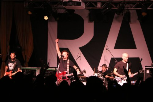 Rise Against kicks off 'Nowhere Generation' tour with intimate Beachland Ballroom show (photos)