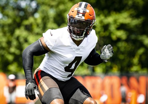 Anthony Walker will handle the role of defensive signal-caller for the Browns