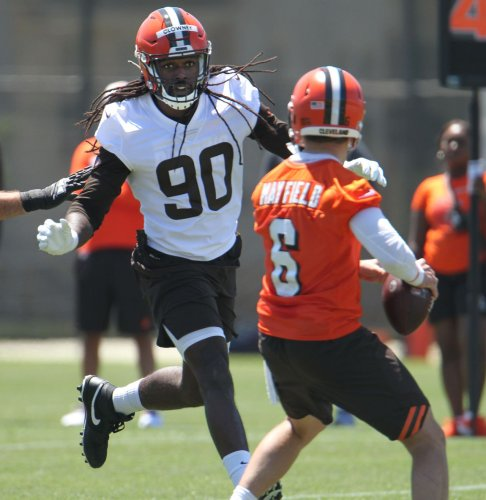 Watch Baker Mayfield and other Browns players run through team drills on Day 2 of minicamp