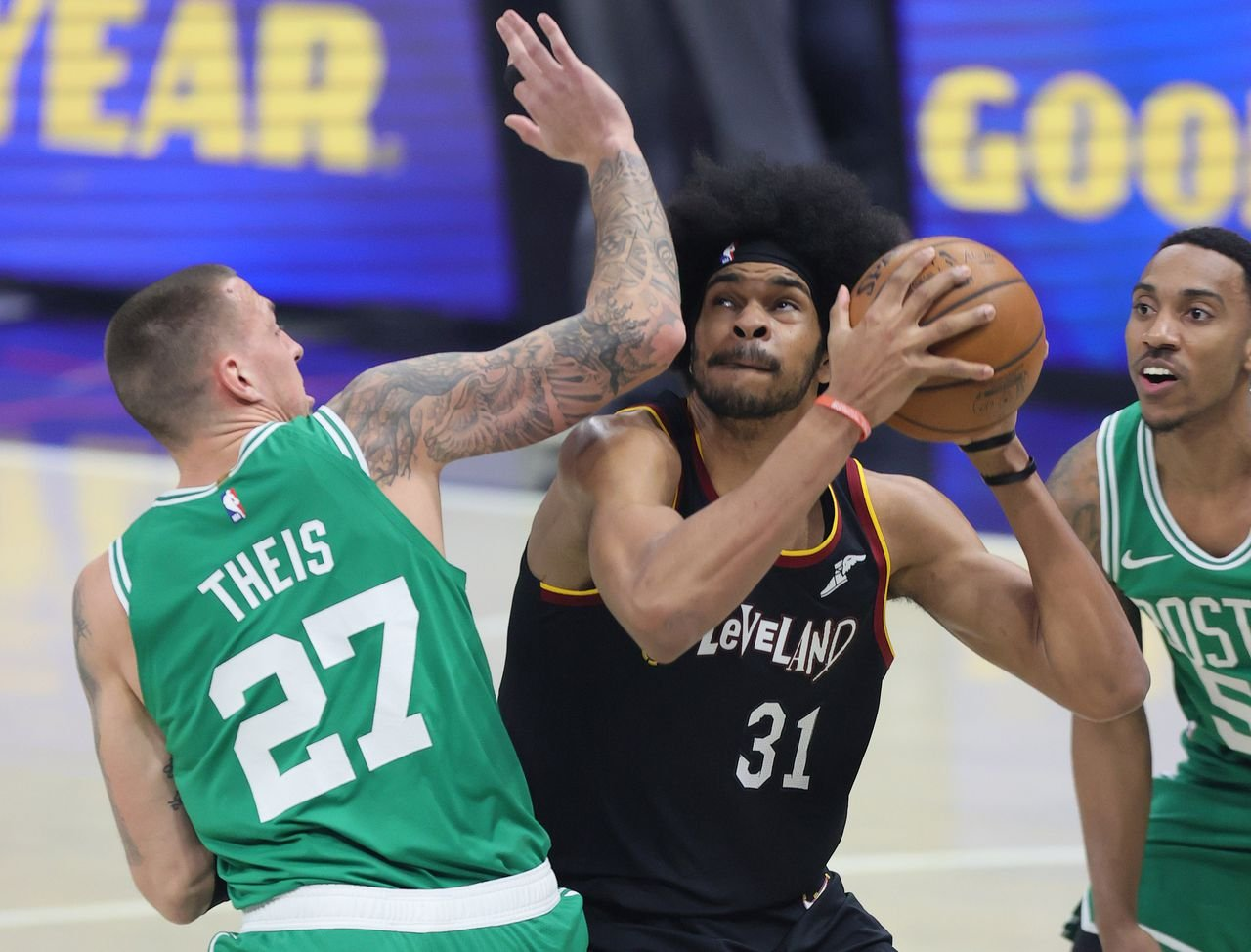 Cleveland Cavaliers agree to 5-year, $100 million deal with Jarrett Allen, sources say