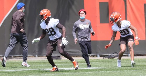 Watch Greg Newsome, Jeremiah Owusu-Koramoah and Anthony Schwartz at Browns rookie minicamp