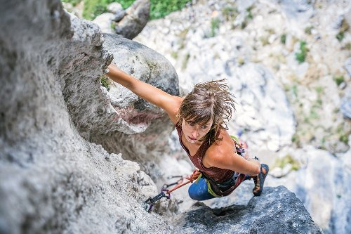 Want to Climb Better Instantly? Then Learn How to Warm Up Properly | Climbing