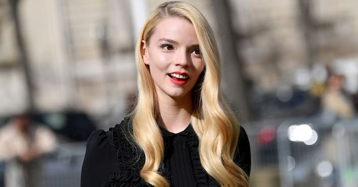 Anya Taylor-Joy Wore the Ugg Slippers With Over 700 Glowing Nordstrom Reviews
