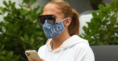 J.Lo's Bustier and Trousers Are So Much Cooler Than a Tee and Skinnies