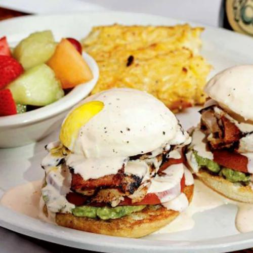 Breakfast restaurant cracks open in Southlake with brunch & cocktails