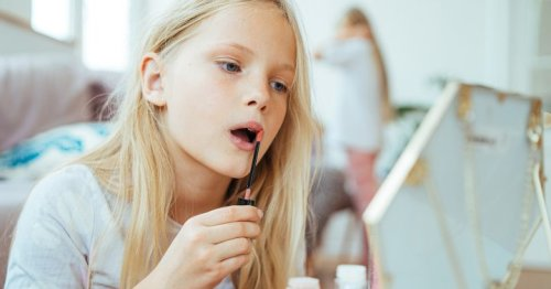 How Parents Can Avoid Raising A Narcissist, From Psychologists