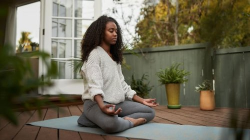 Is Fitbit's new meditation content worth the premium price?