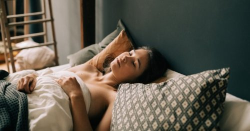 A Hypnotist's Favorite Meditation For Calming The Mind Before Bed