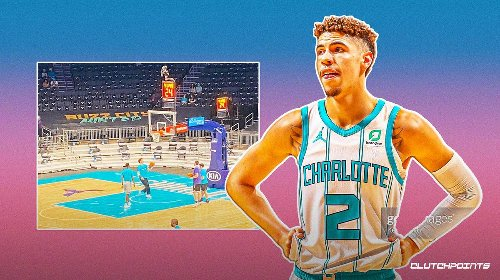 Hornets' LaMelo Ball not letting cast stop him from joining pregame warmups