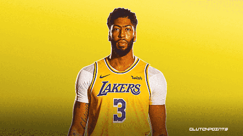 Lakers' Anthony Davis (ankle) leaves vs Clippers, evaluated in locker room