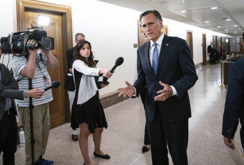 11 GOP senators back bipartisan infrastructure plan, boosting its chances of moving forward