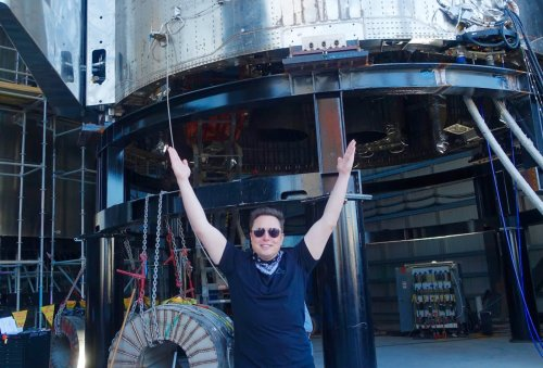 Elon Musk's SpaceX beats Bezos' Blue Origin in NASA contest to build astronaut lunar lander