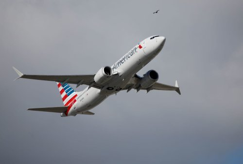 American Airlines warns about fuel shortages around the country, asks pilots to conserve